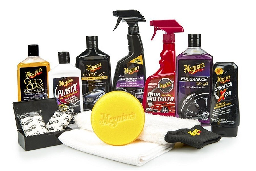 Meguiars Complete Car Care Kit and Items Inside